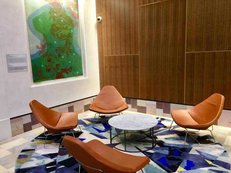 Air-New-Zealand-Lounge-Brisbane-entry-seating