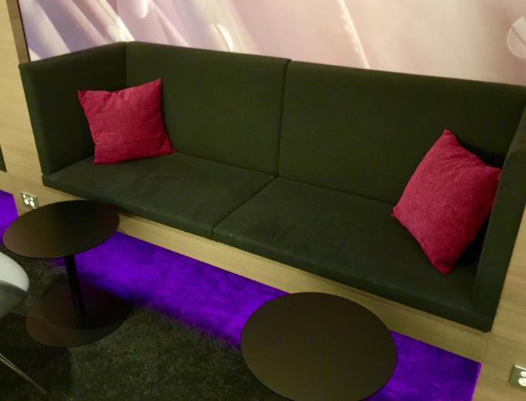 Air-New-Zealand-Lounge-Brisbane-lounge-seating
