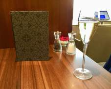 BA-First-Class-Lounge-Heathrow-dining-room-champagne-breakfast