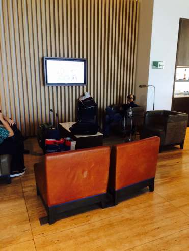 LATAM-VIP-LOUNGE-SANTIAGO-SEATING-2
