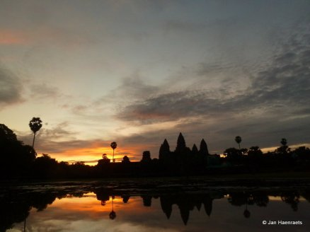 Angkor Wat temple, Cambodia (Photo: Jan Haenraets, 2010).