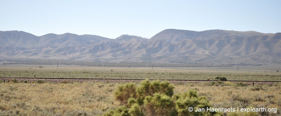A view towards the Flinders Ranges (Photo: Jan Haenraets, 2012).