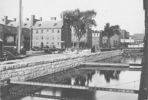 The Eastern Canal (Source: University of Massachusetts and Lowell Historical Society).