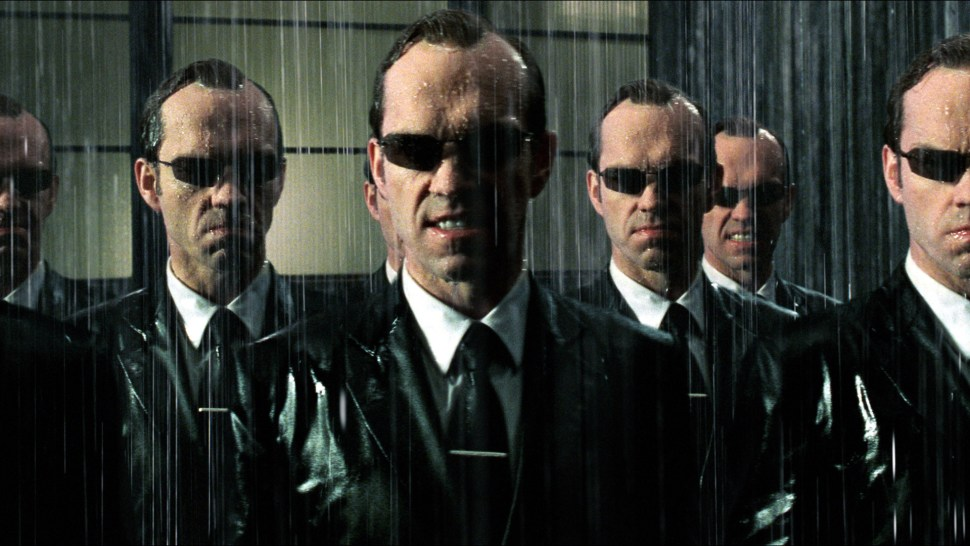 The-Matrix-Revolutions-Hugo-Weaving