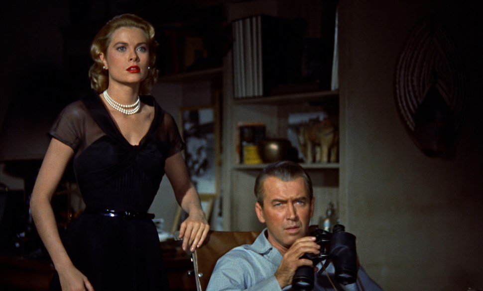 Screenshot_grace_kelly_james_stewart_rear_window_001