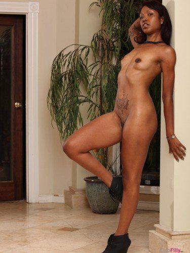 portrait-nude
