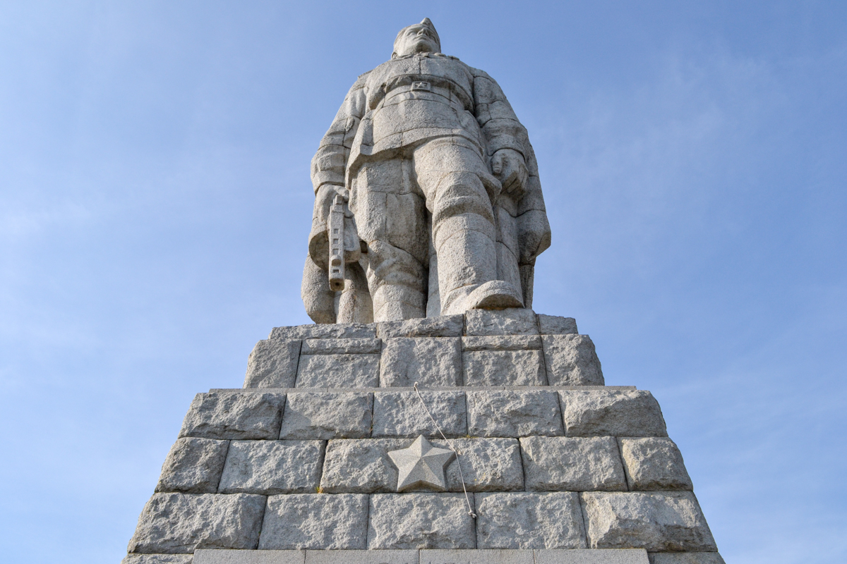 The once endangered statue of Alyosha in Plovdiv