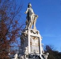 Viena estatua