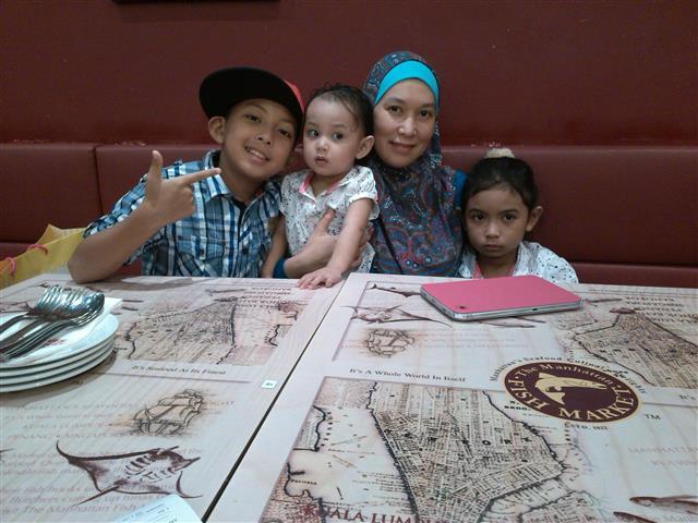 gambar keluarga bahagia