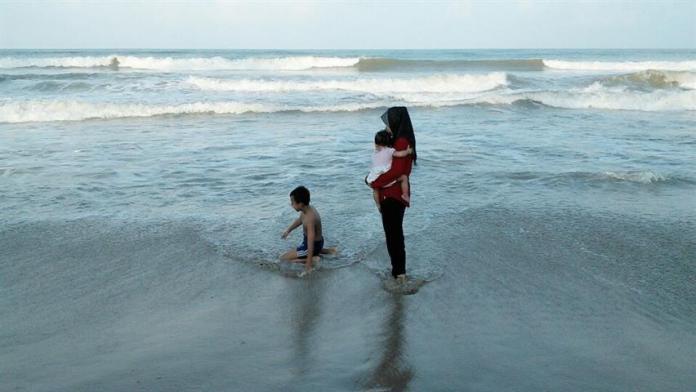 pemadangan indah di pantai