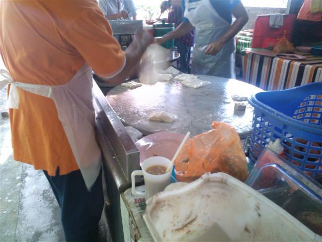 gambar chef roti canai