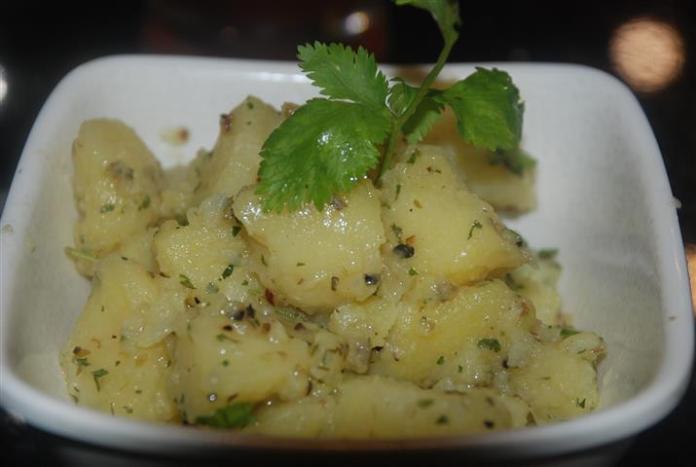 kentang salad pak john steamboat