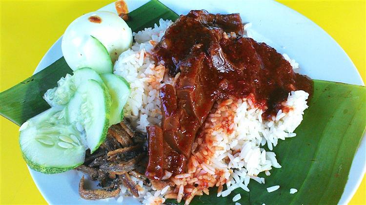 nasi lemak sambal sotong