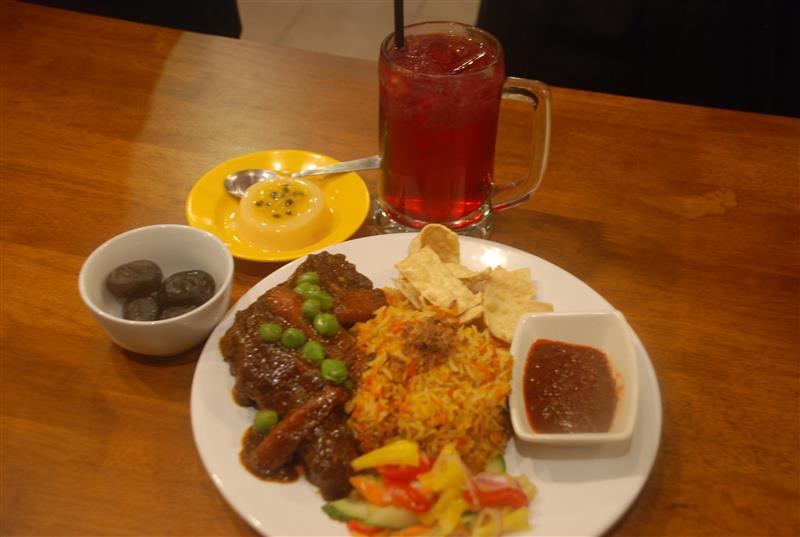 set ramadhan nasi briyani ayam masak merah