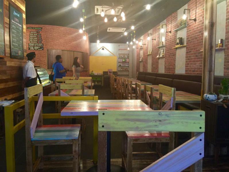 kafe-go-to-school-susun-atur-menarik