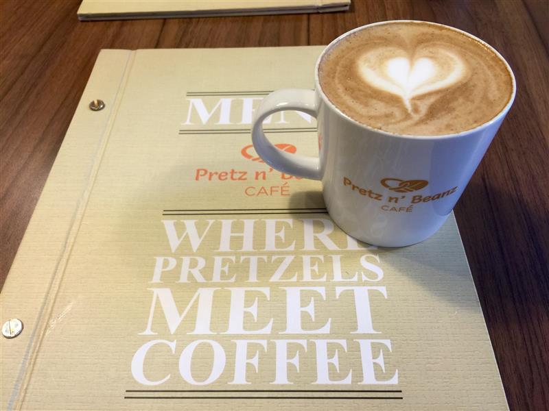 pretz-n-beanz-caffe-latte