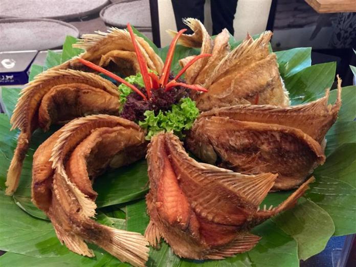 restoran-bumbu-desa-klcc-ikan-talapia-goreng