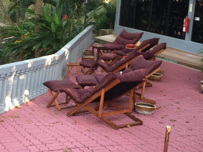 han-rainforest-resort-hiasan-tempat-santai-pusat-urut