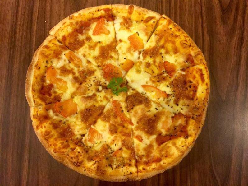 tempat-makan-best-bangsar-pretz-n-beanz-pizza