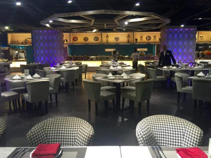Retro Cafe, Hotel Vivatel Kuala Lumpur
