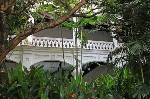 Raffles Hotel, A Colonial-Style Oasis of Luxury In Singapore