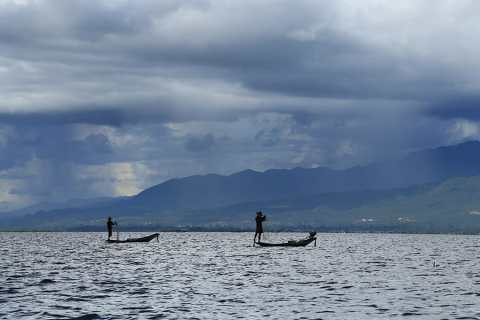 Inle Lake in Myanmar – A Complete Guide To The Burmese Jewel