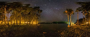 Laguna de Canaima by Night