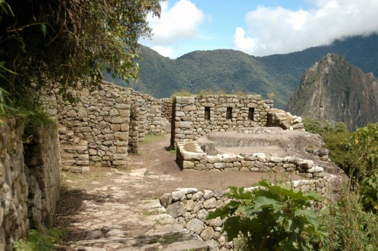 Machu Picchu Peru - ExplorationVacation 2005-12-31_10_17_16_0