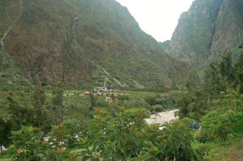 Peru - Urubamba River - ExplorationVacation 2005-12-30_11_39_16