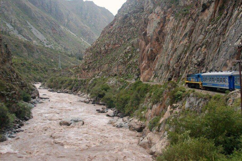 Peru - Urubamba River - ExplorationVacation 2005-12-30_11_43_57