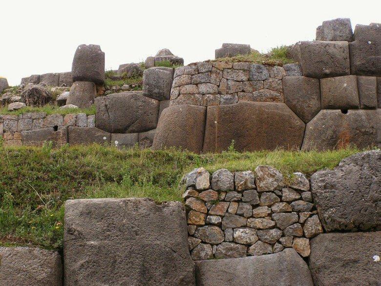 Sacsayhuaman Cuzco Peru - ExplorationVacation P1010015_0