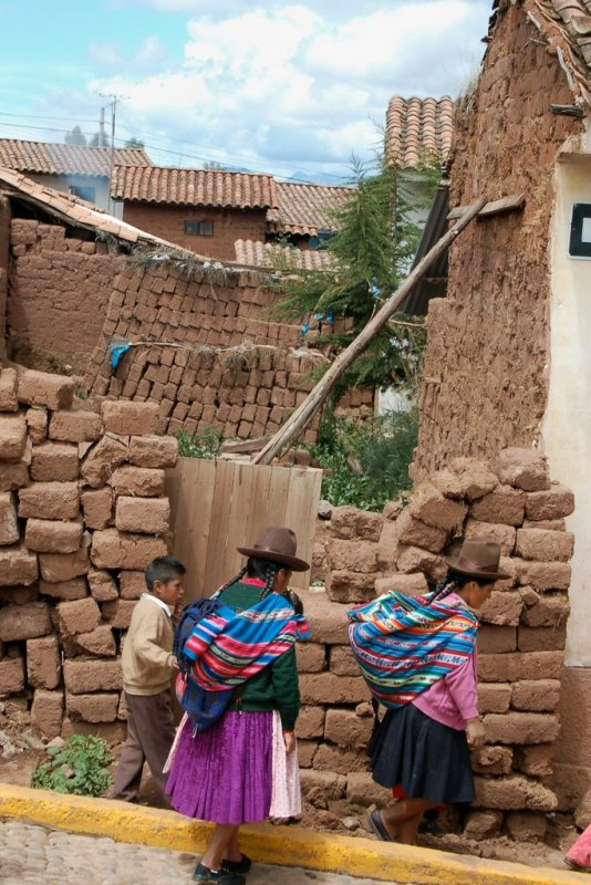 Chincheros Peru - ExplorationVacation 2006-01-01_10_34_19