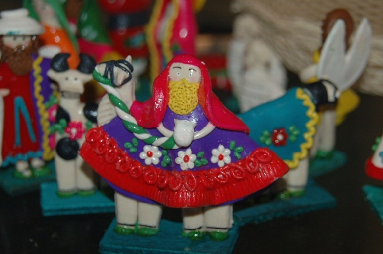 dough art Ecuador -ExplorationVacation 2006-01-03_08_58_53
