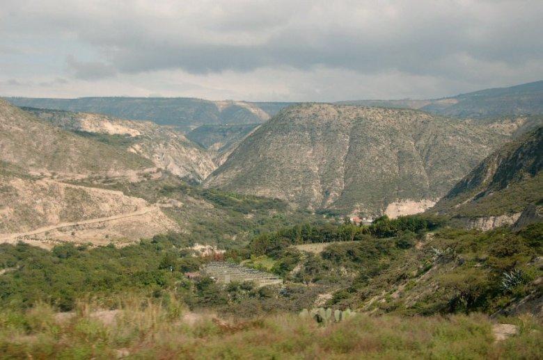 north of Quito Ecuador -ExplorationVacation 2006-01-03_09_40_52