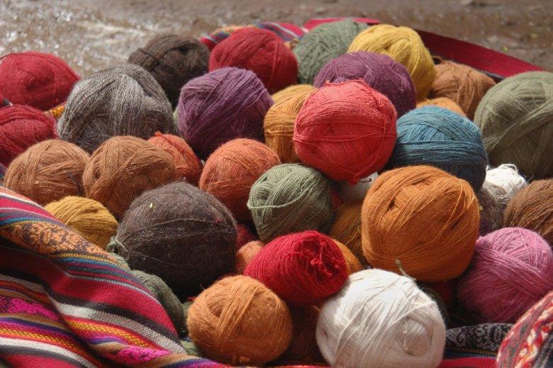 Weaving in Peru - ExplorationVacation 2006-01-01_09_38_50
