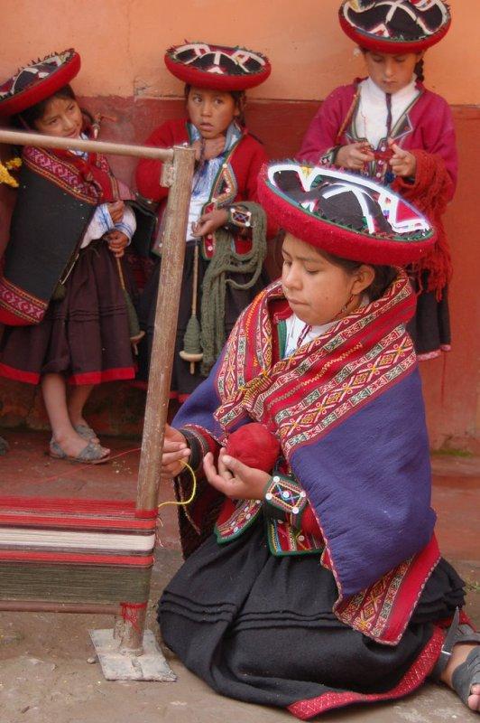 Weaving in Peru - ExplorationVacation 2006-01-01_09_41_48