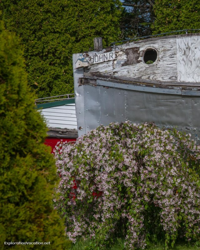 Marina gardens Bayfield Wisconsion - ExplorationVacation.net