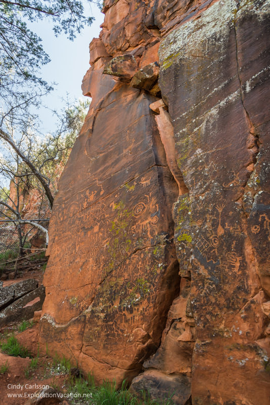 V Bar V petroglyphs Arizona ExplorationVacation.net