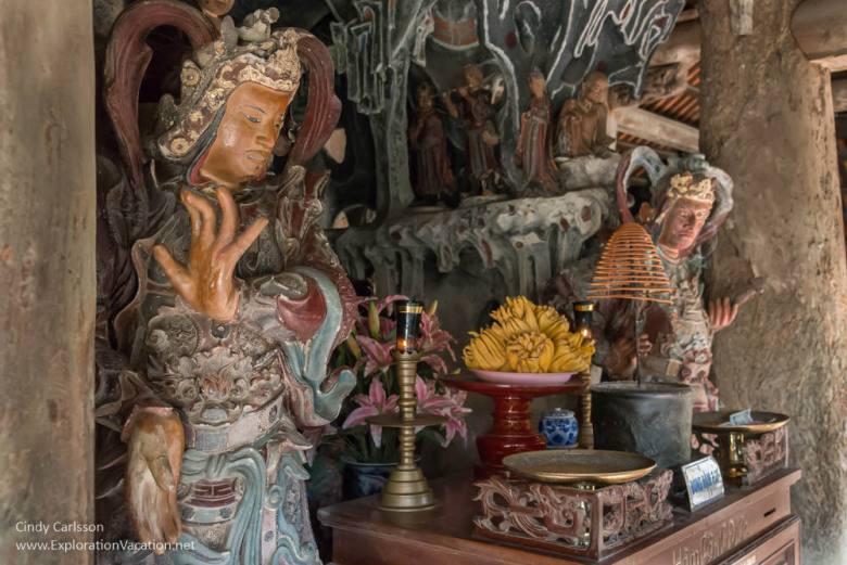 Mia Pagoda Duong Lam village Vietnam - www.ExplorationVacation.net