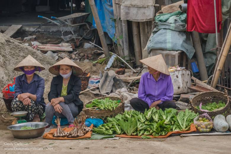 market day Northern Vietnam - ExplorationVacation