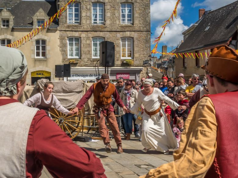 Medieval festivals in Brittany - www.ExplorationVacation.net