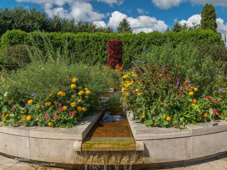 Central fountain garden in the Heritage Garden at the Chicago Botanic Garden - ExplorationVacation.net