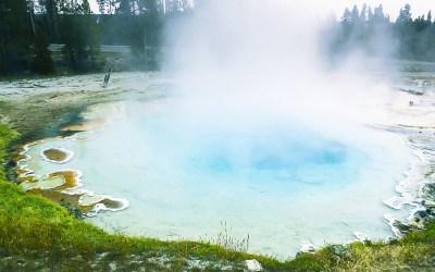 Seasonal Yellowstone Information