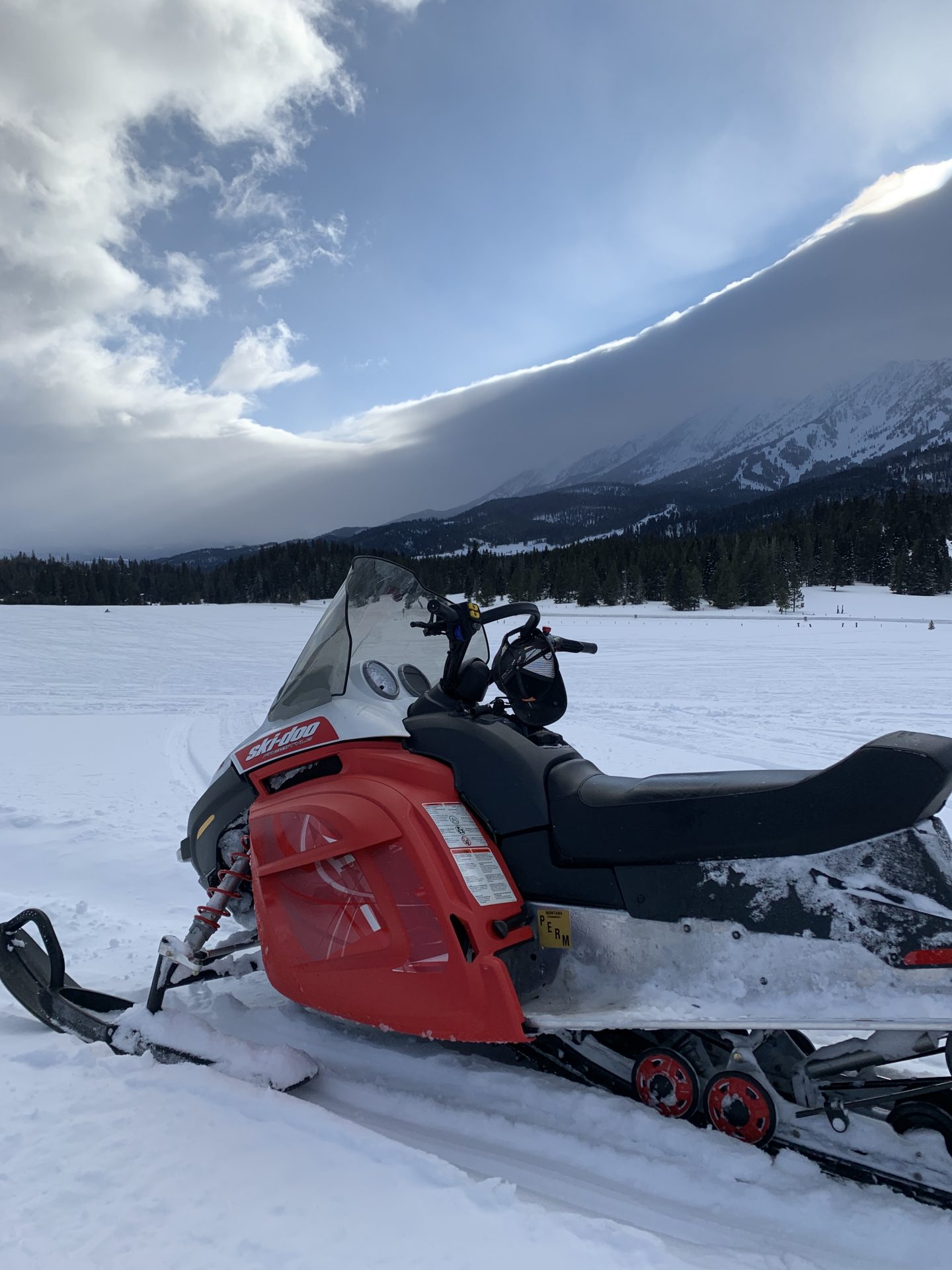Snowmobiling In Yellowstone National Park Explore Rentals