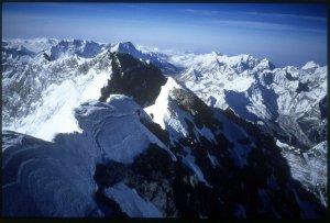 Everest, Everest summit ridge
