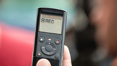 Recording with hand-held voice recorder