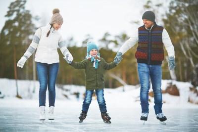 family-ice-skating
