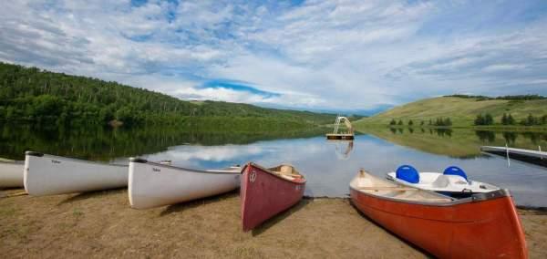blue-mountain-canoe