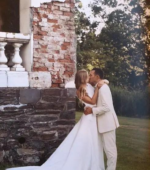 Molly Baz Age, Wedding, Husband, Height, Net Worth, Bio 3