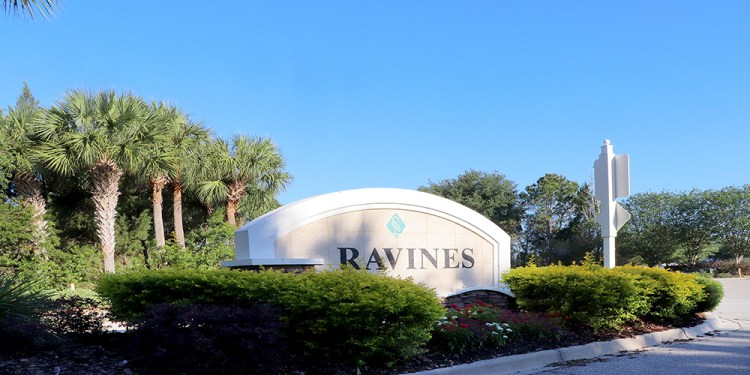 Greenbrook Ravines Entrance at Lakewood Ranch